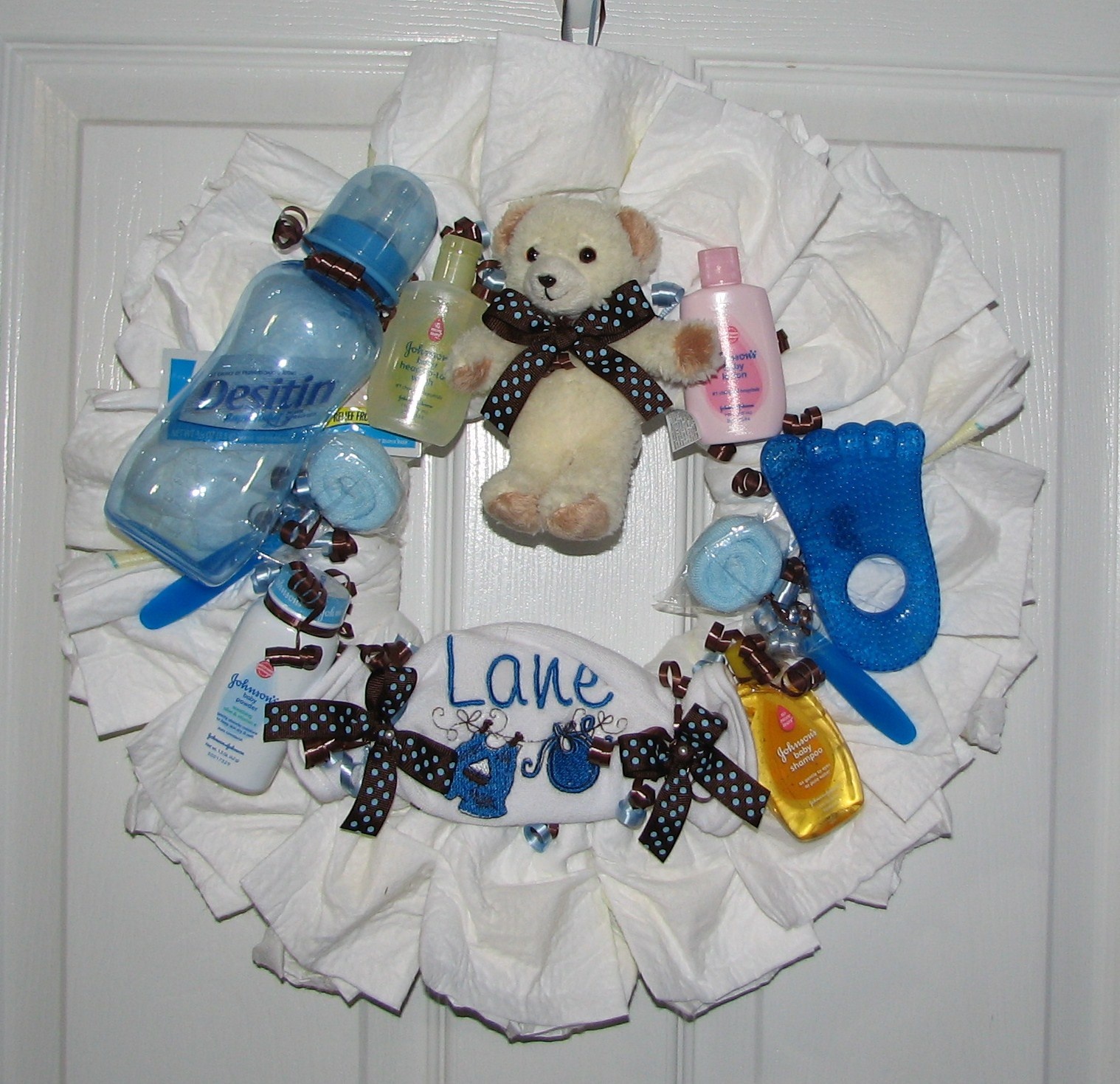 Blue-Brown-Polka-Dot-Diaper-Wreath.JPG - Blue & Brown Polka Dot Diaper Wreath