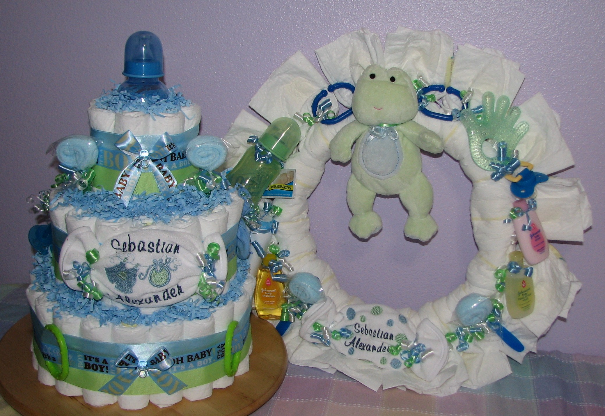 diaper-cake-and-wreath.JPG - Blue & Green Diaper Cake & Wreath