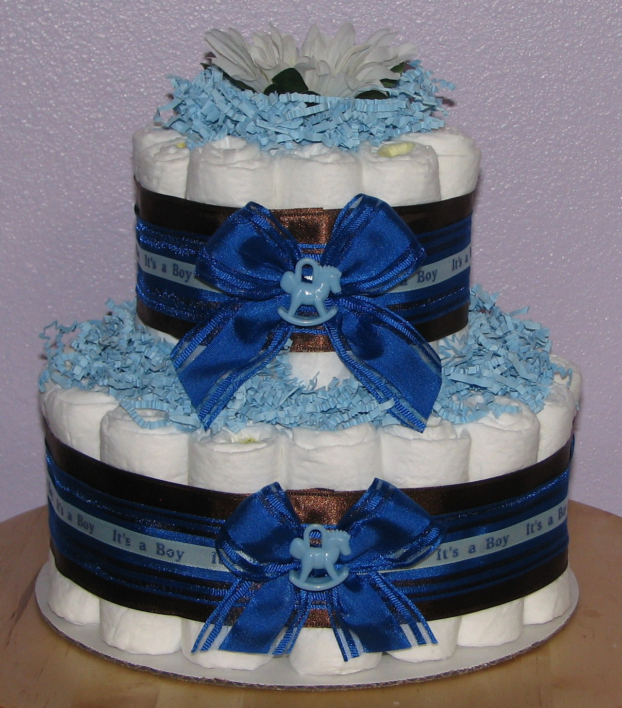IMG_8014.JPG - Blue & Brown Diaper Cake